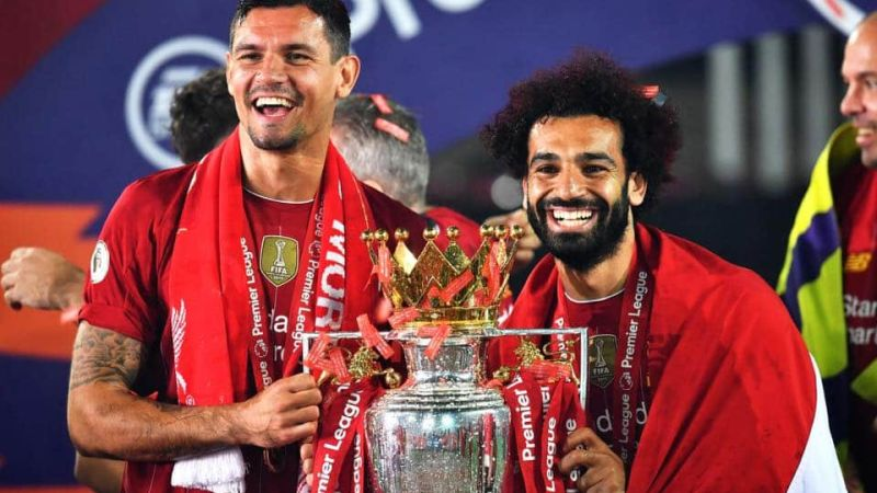 Liverpool FC Lift English Premier League Trophy After 30 Years