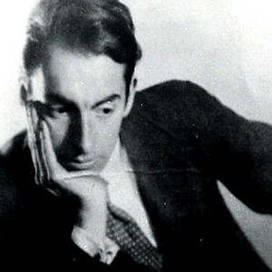 """Ode to the Book"" by Pablo Neruda, Exquisitely Read by Tom O'Bedlam"