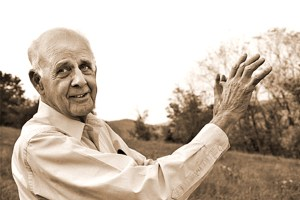 "Wendell Berry on the Grandeur of Small Places and the Perils of Our ""Rugged Individualism"""