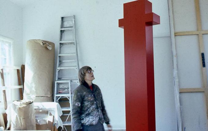 Anne Truitt in her Washington, DC studio in 1973