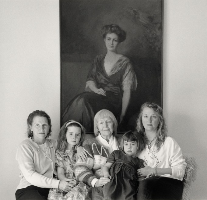 Anne Truitt with two of her three children and two of her eight grandchildren. (Photograph: Mariana Cook, 1997)