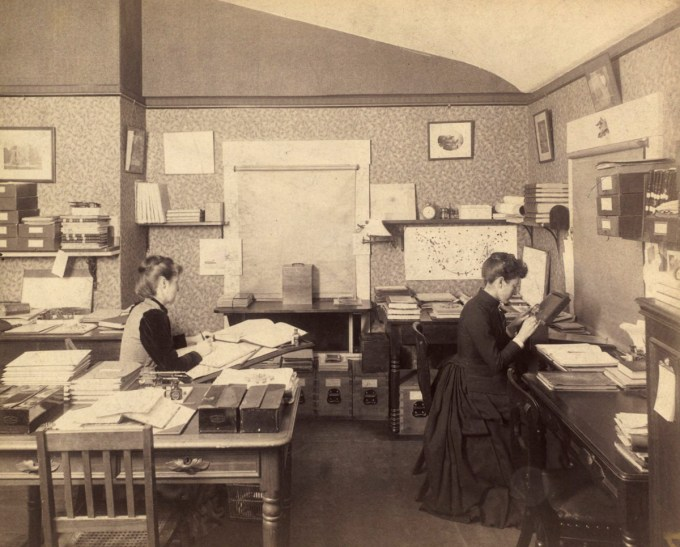 Williamina Fleming (right) and Mabel C. Stevens at work (Harvard University Archives)