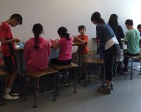 Kids Working Together at Brainstem Summer Camp