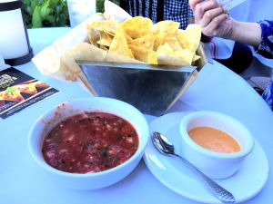 Red O - Chips and Salsa