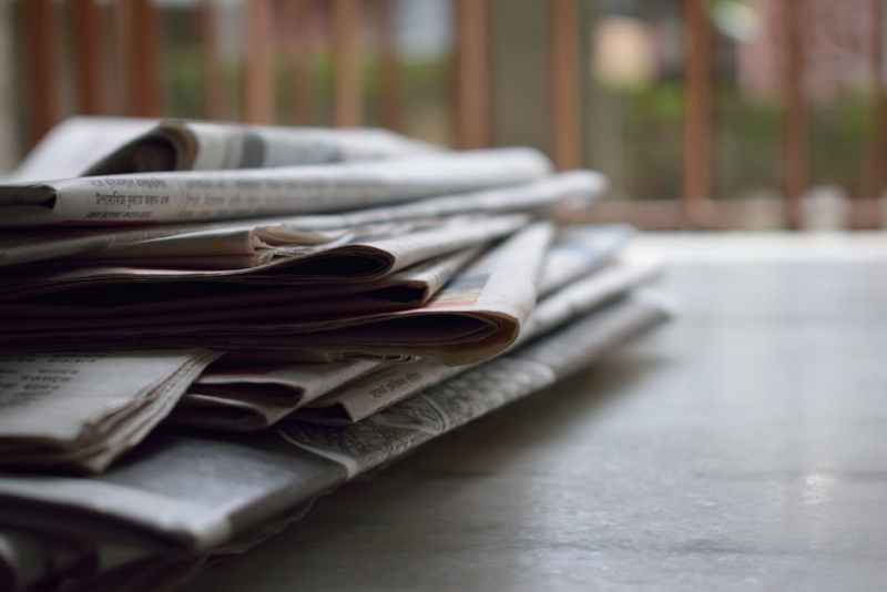 wipe-it-off-with-newspaper