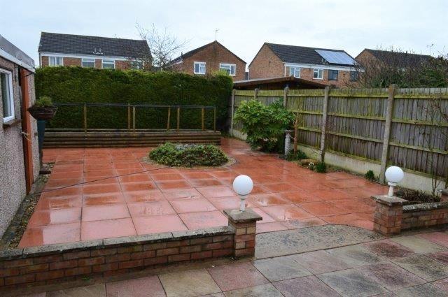 Accessible bungalow garden