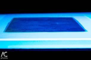 l' esposizione ai raggi UV con lampada da abbronzatura