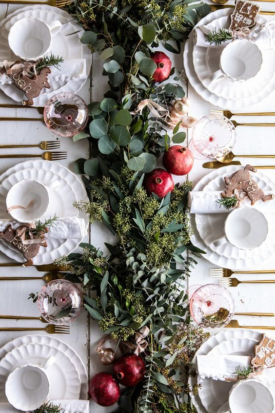 floral arrange table, foliage for dinner table