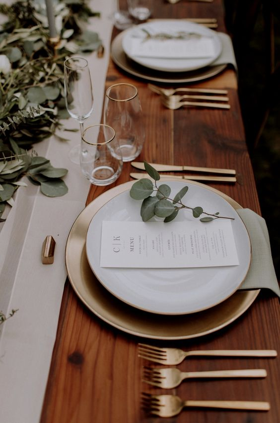 white and gold tableware, dinner party