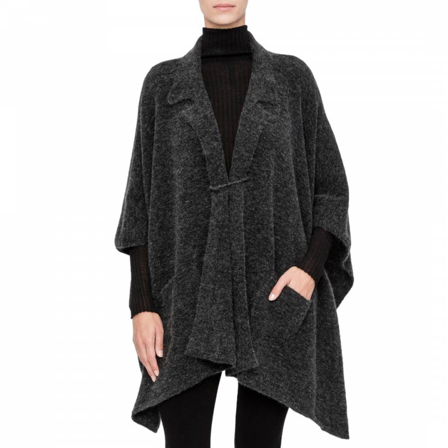 smart knitwear Sarah Pacini - Shirt Collar Poncho £115