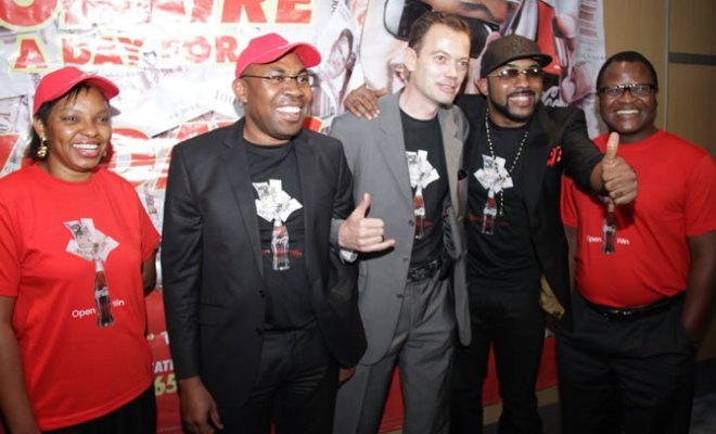 """L-R Toyin Nnodi, Senior Brand Manager, Flavours, Coca-Cola Nigeria Limited; Austin Ufomba, Marketing Director, Coca-Cola Nigeria Limited; Matthieu Seguin, National Commercial Director, Nigeria Bottling Company; Banky W, Brand Ambassador; and Host Mapondera, Franchise Manager, Coca-Cola Nigeria Limited, at the Coca-Cola """"Open & Win"""" Promotion press conference"""