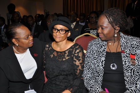 Left-Right- AAAN Trustee, Mrs. Bola Thomas, Wife of the deceased Mrs. Modupe Ogunro and AAAN President, Mrs. Bunmi Oke.