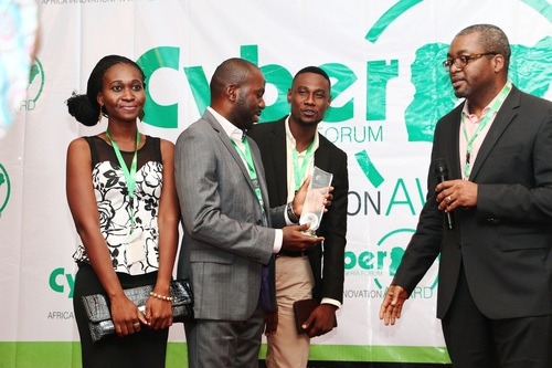 HotSauce team, Akin Akinfe, Otibho Okharedia and Kunle Shokubi being presented with the award