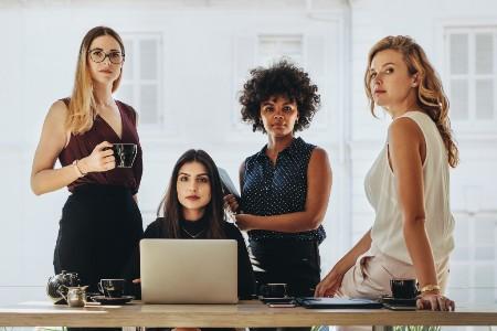 Women_Success-in-E-commerce