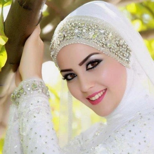Cute DPs of Islamic Girls - 30 Best Muslim Girls Profile Pics