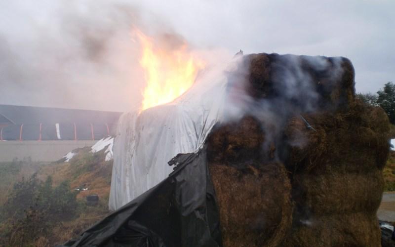 Hooibrand in Leveroy bezorgt brandweer een aantal uren werk