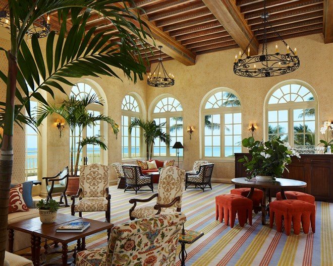 Country Club Photography, Interior