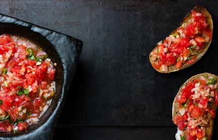 ¿Cómo preparar salsa criolla argentina?