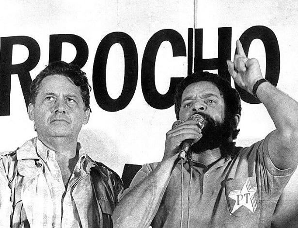 1983-o-lider-metalurgico-luiz-inacio-lula-da-silva-discursa-ao-lado-de-fernando-henrique-cardoso-na-primeira-grande-manifestacao-pela-volta-das-eleicoes-diretas-para-presidente-em-sao-paulo-sp-136009