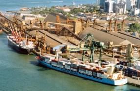 Governo prevê privatizar Porto de Santos até o final de 2022, diz secretária
