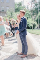 Vergnuegte Hochzeit in Duisburg_IN LOVE Fotografie_ - 10
