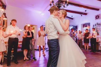 Vergnuegte Hochzeit in Duisburg_IN LOVE Fotografie_ - 34