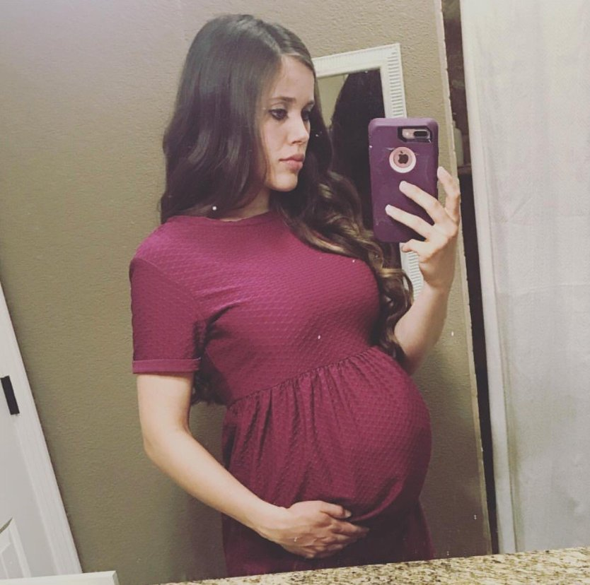 Jessa Seewald (Duggar) Shares Amazing Video of Baby Kicking in her Womb