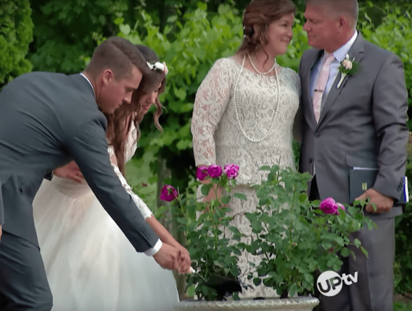 EXCLUSIVE: Carlin Bates Chooses Unique Unity Ceremony for Wedding in Bringing Up Bates Finale (VIDEO)
