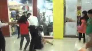 TWO GIRLS FIGHTING ON A PUBLIC MALL! (HUSBAND CAUGHT WITH MISTRESS) (WIFE vS MISTRESS)