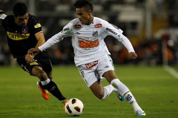 Colo-Colo v Santos - Copa Santander Libertadores 2011