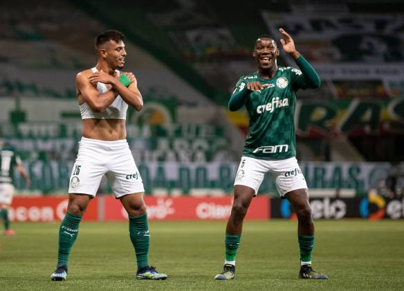 7th March 2021 Allianz Parque Stadium, Sao Paulo, Brazil Final Brazil Cup 2020, Palmeiras versus Gremio Gabriel Menino of Palmeiras celebrates his goal with Patrick de Paula in the 84th minute to put the ahead 2-0 PUBLICATIONxNOTxINxUK ActionPlus12272861 DiaEsportivo