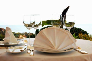 Joya Table