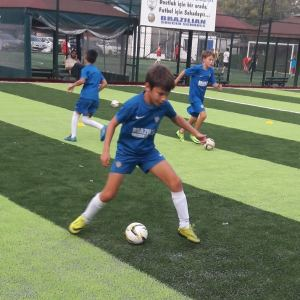 Brezilya Futbol Akademisi Seçme Antrenmanı
