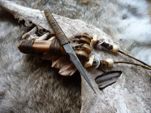 R.U. Titley Knives custom blade work - he refers to this as a primitive neo-tribal kiridashi.
