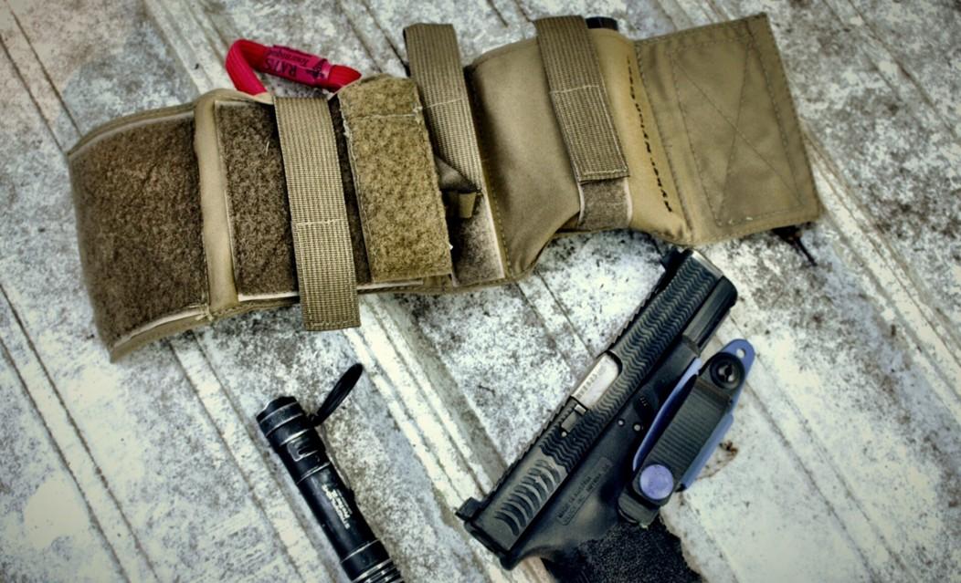 Ryker Nylon Gear AFAK ATEi Glock 19 Streamlight ProTac2L light Raven Concealment VG2 Photo credit to Allison Platt Creative