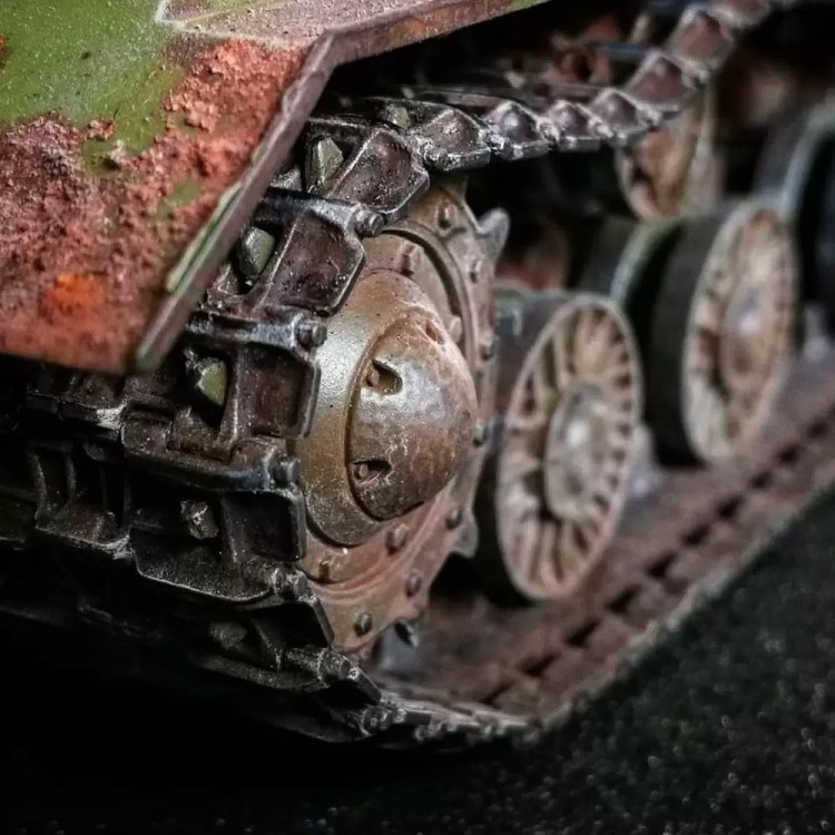 In this installment of tank week: 5 of the best 1/35 scale and other scale model tank modelers around.