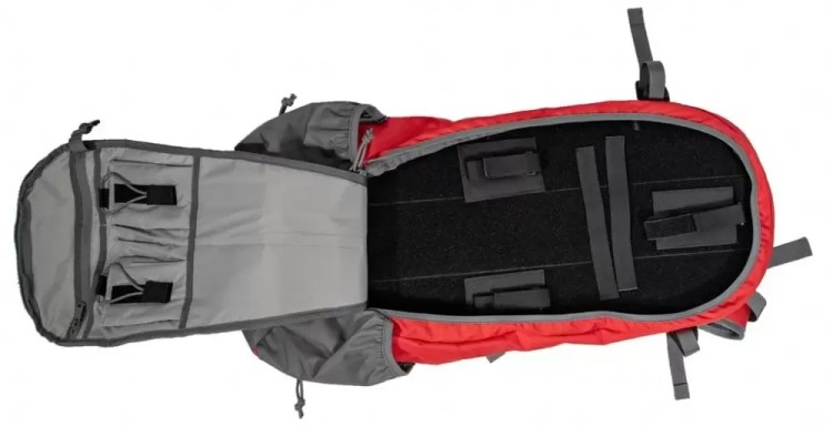 Built-in pockets Apparition bag