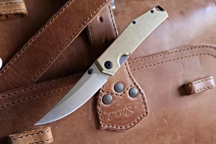 GiantMouse Knives Ace Clyde brass handle.