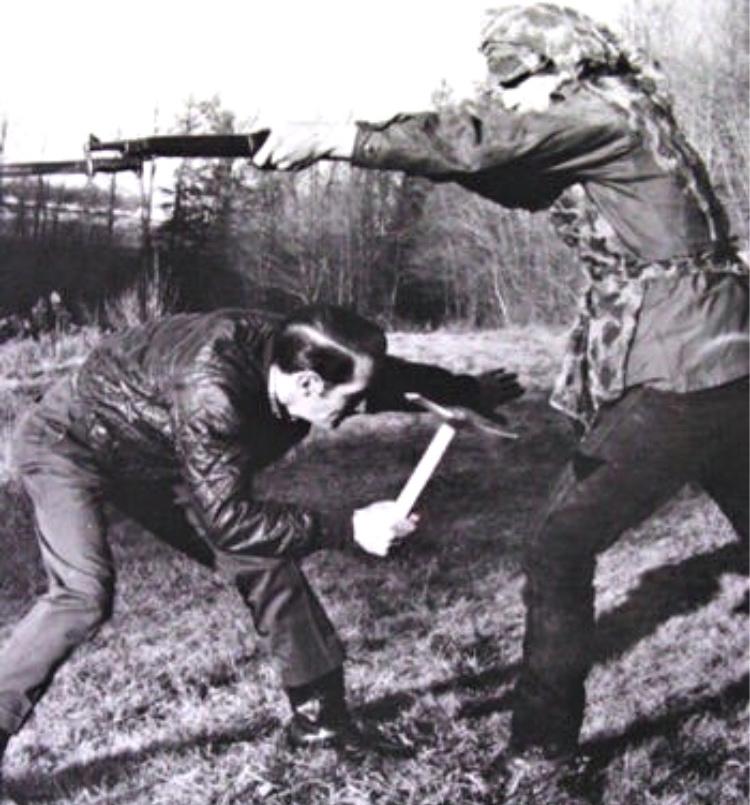 Peter LaGana demonstrating the use of a Vietnam Tomahawk vs a rifle mounted bayonet. Photo courtesy of Bobby Branton.