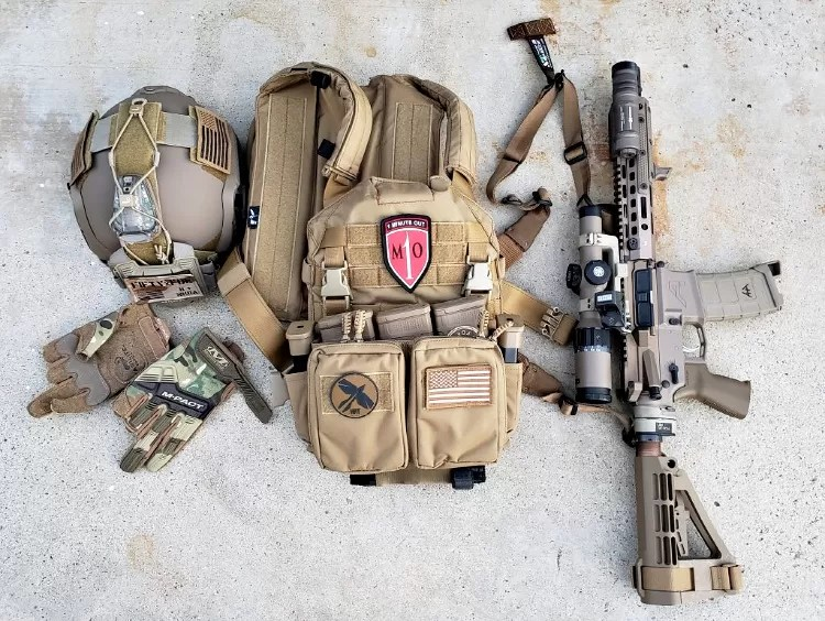 M-Pact Agilite Edition Gloves, part of a complete Loadout.