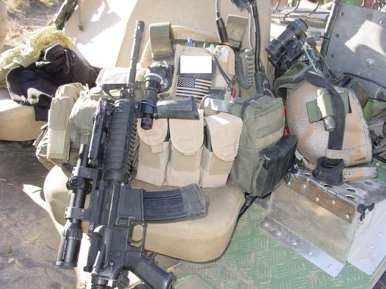 90s-era-carbines-with-optics (2)
