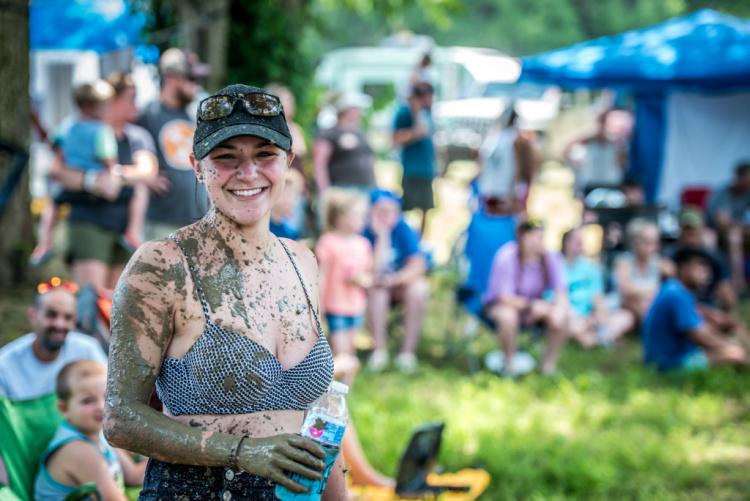 Woman at Loretta Lynn Ranch TrailJam 2020.