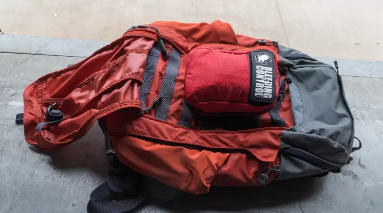 Vertx Gamut EDC bag, front panel open with medical kit.