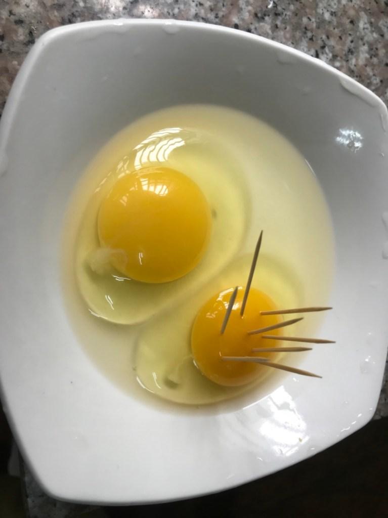 紅蛋 | 麵包屑合作 | 雞場直送雞蛋 | 場地到餐桌