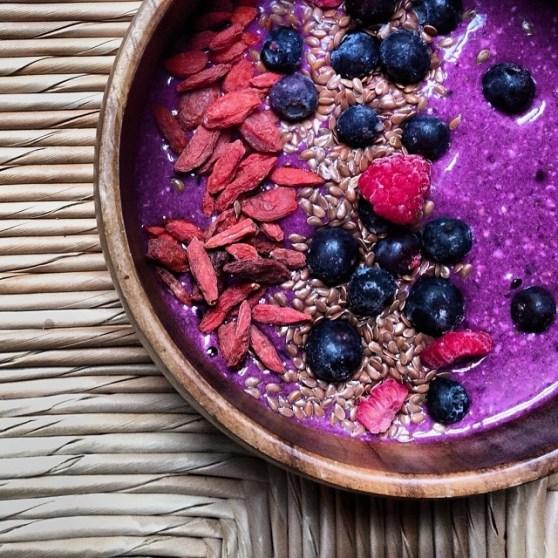 chia oat pitaya spirulina pudding