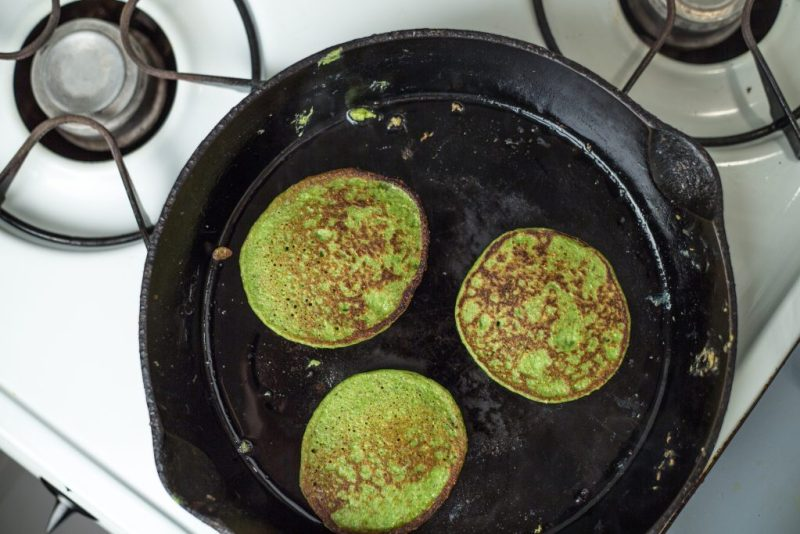 Green pancakes recipe