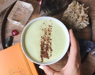 Adaptogenic matcha latte recipe with coconut butter and ashwagandha