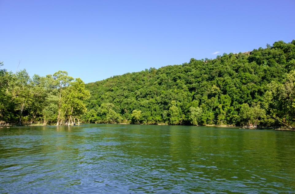 Photograph of Lake Taneycomo
