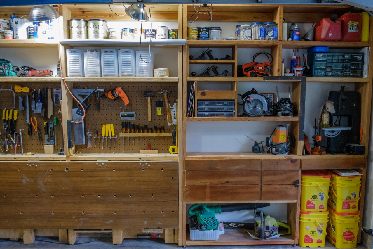 Garage Project - Workbench revisited: rearranged with new drawers. Copyright © 2019 Gary Allman, all rights reserved.