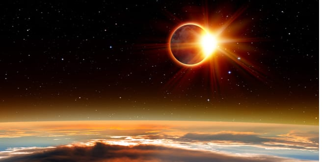 "Eclipse as 40 Days of Repentance Begin Signals ""End of Era"" for America, Warns Rabbi"